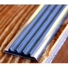 Профиль алюминиевый с противоскользящей резиновой вставкой